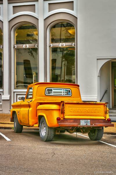 0363 - Bright Old Pick Up on the Square, Oxford, MS